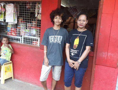 Papoea marktvrouwen trots op hun nieuwe leven