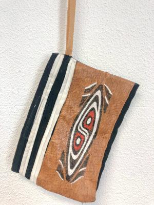 etui Papua
