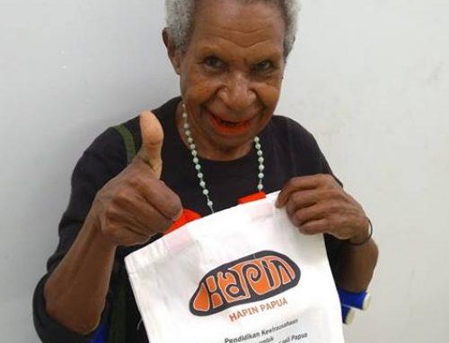 Papoea marktvrouwen worden trotse ondernemers