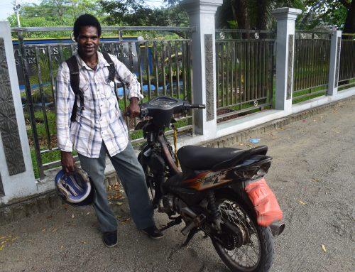 Aanschaf tweedehands motorfiets en laptop